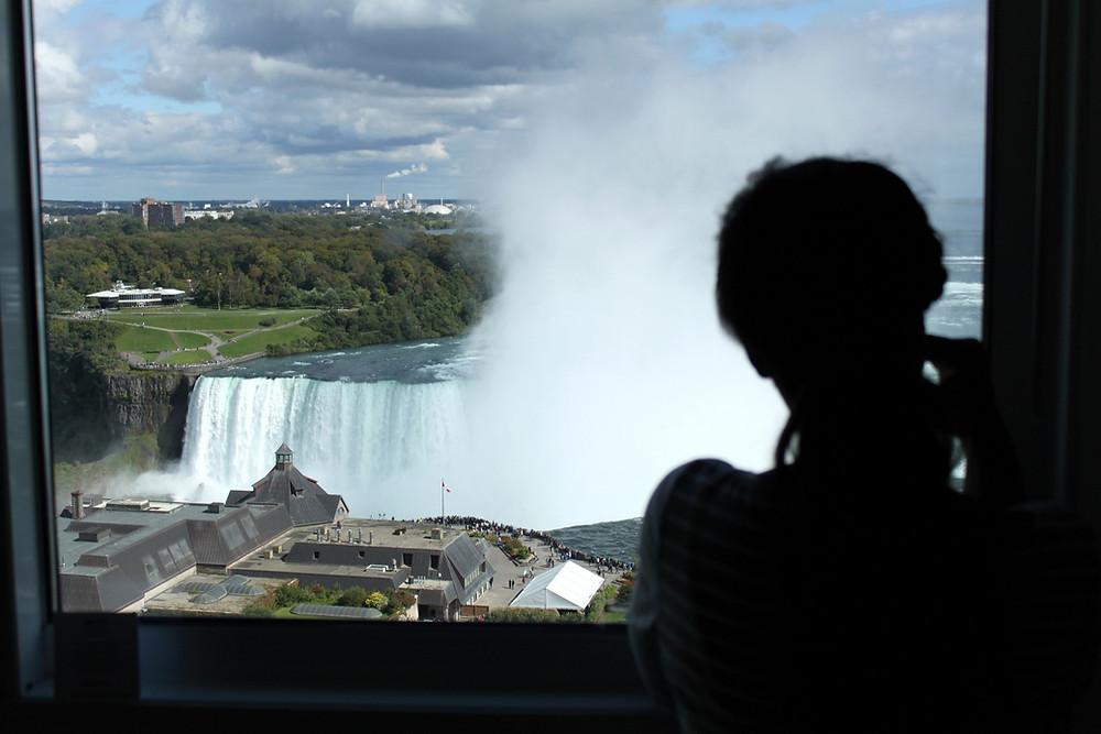Chambre d'hôtel vue chutes du Niagara