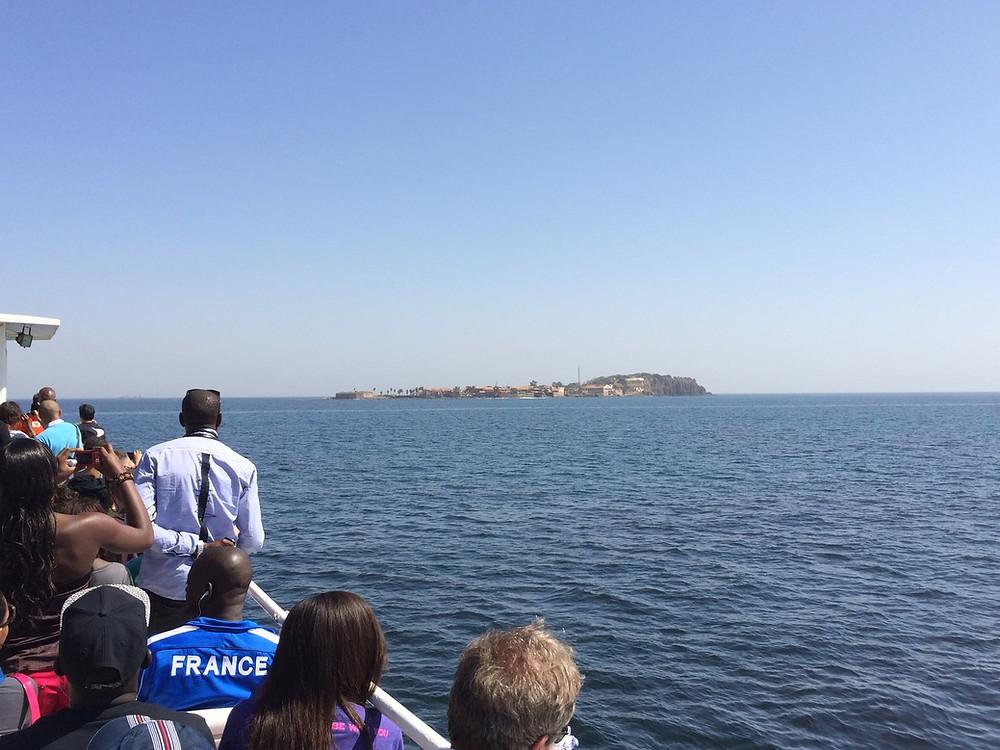 A l'approche de l'Île de Gorée