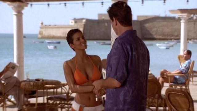 James Bond à Cadix : Meurs un autre jour