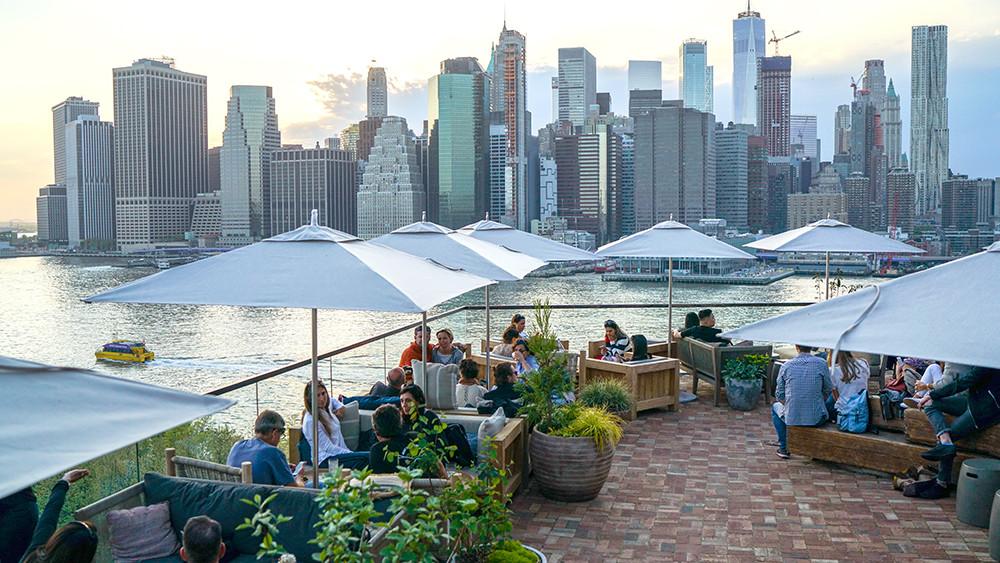 Harriet's Rooftop et la vue sur Manhattan