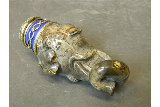 Elephant Head Snuff Bottle