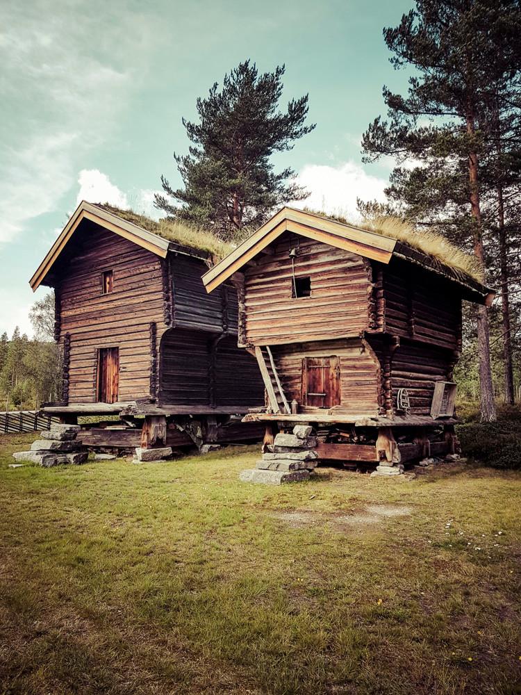 Destination camping-car en Norvège : Maisons en bois