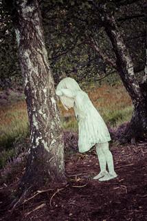 Dans le bois de Pilane des filletes pleurent