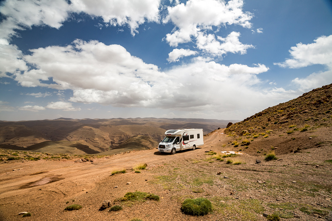 Notre voyage au Maroc en camping-car a vraiment pris une allure nouvelle en sortant des sentiers battus.