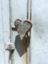 heart-door-knob-Nepal.JPG
