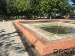 Örs Fountain Ledge