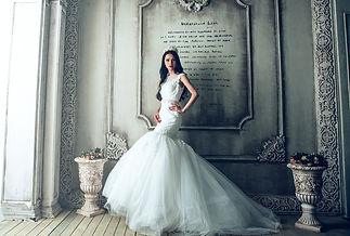wedding-dresses-1485984_1920.jpg