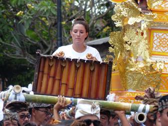 Playing on the Cremation Pyre of Ida Bagus Made Geriya