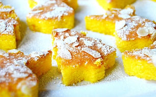 MOIST MINI ORANGE & SAFFRON CAKES