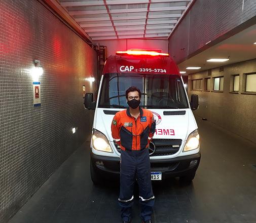 Ambulância frente Hcor Zuim.jpg