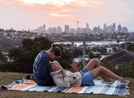 EVERY TOURIST NEEDS TO KNOW BEFORE DATING IN SYDNEY 🛫