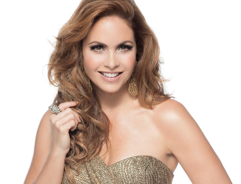 http://www.tvnotas.com.mx/noticias-espectaculos-mexico/famosa-regresa-televisa-por-la-puerta-grande-y-sera-coach-de-la-voz