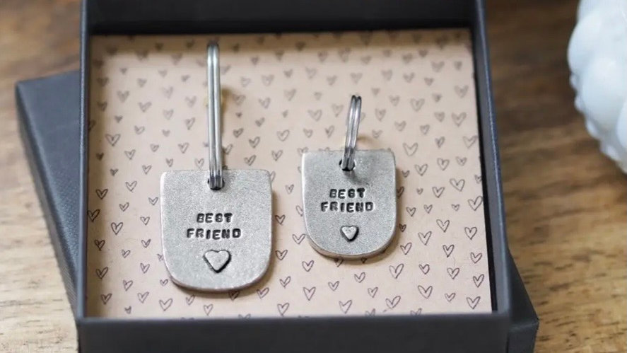 Best Friends Keyring and Collar for Dog or cat