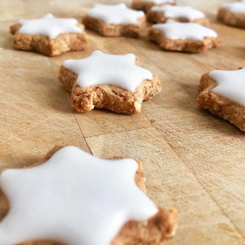 "20 ""Zimtsterne"" (Cinnamon Cookies)"