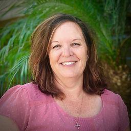 Michelle Veazey Headshot.jpg