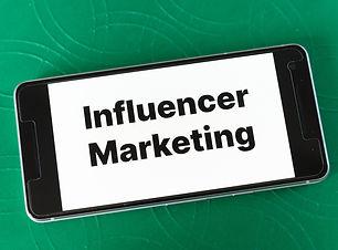 influencers-5215924_1920.jpg