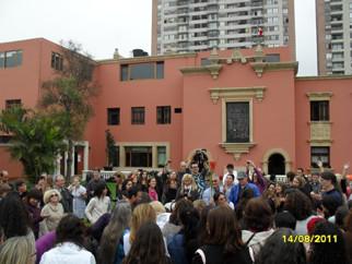 Living with Uncertainty / Viviendo en la incertidumbre. Lima, Peru 2011