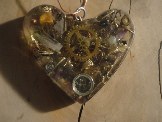 SP-OAEBB-Magnetic energy catcher heart-R-key