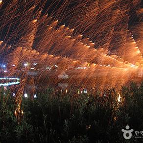 เทศกาลหิ่งห้อย มูจู