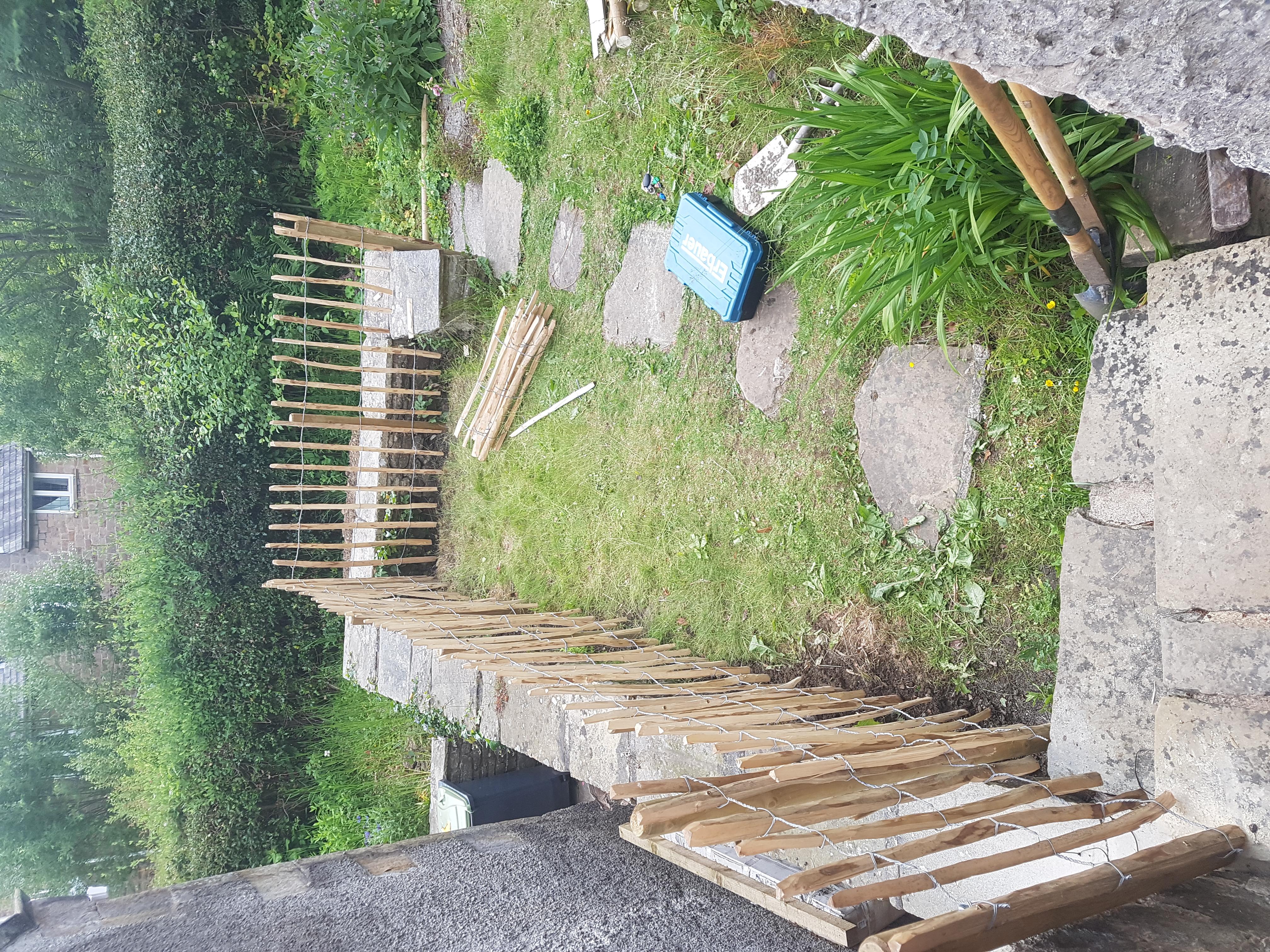 chestnut paling fence.jpg