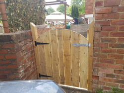 solid arched top 3ft gate.jpg
