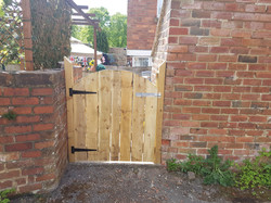 solid arched top 3ft gate front.jpg