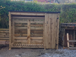 6x8x2 Custom built logstore with storage