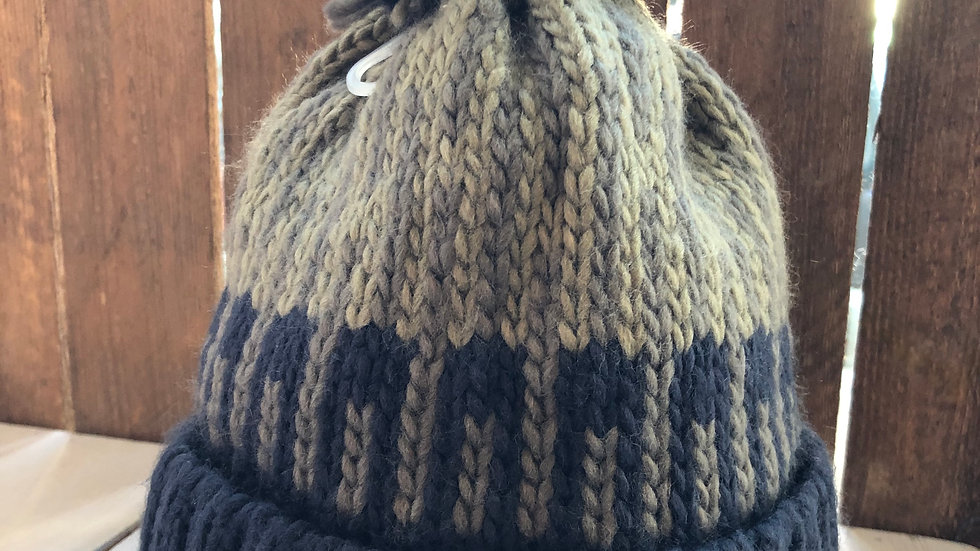 WEIRDFISH BOBBLE HAT