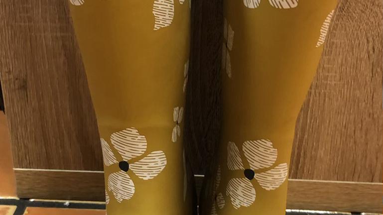 Brakeburn Mustard Flower Welly size 8