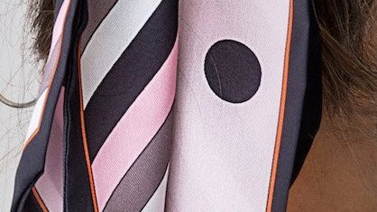 FOREVER ENGLAND DOTTY PINK/BLACK SCARF