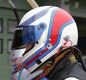 Hynek Charous (pozor se s na konci! :-) se svojí helmou Bell a designem Martini racing