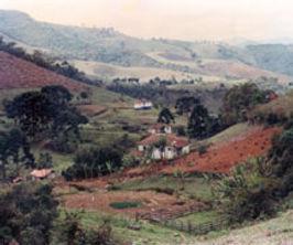 Ave Lavrinha vista-casa-antiga-4.jpg