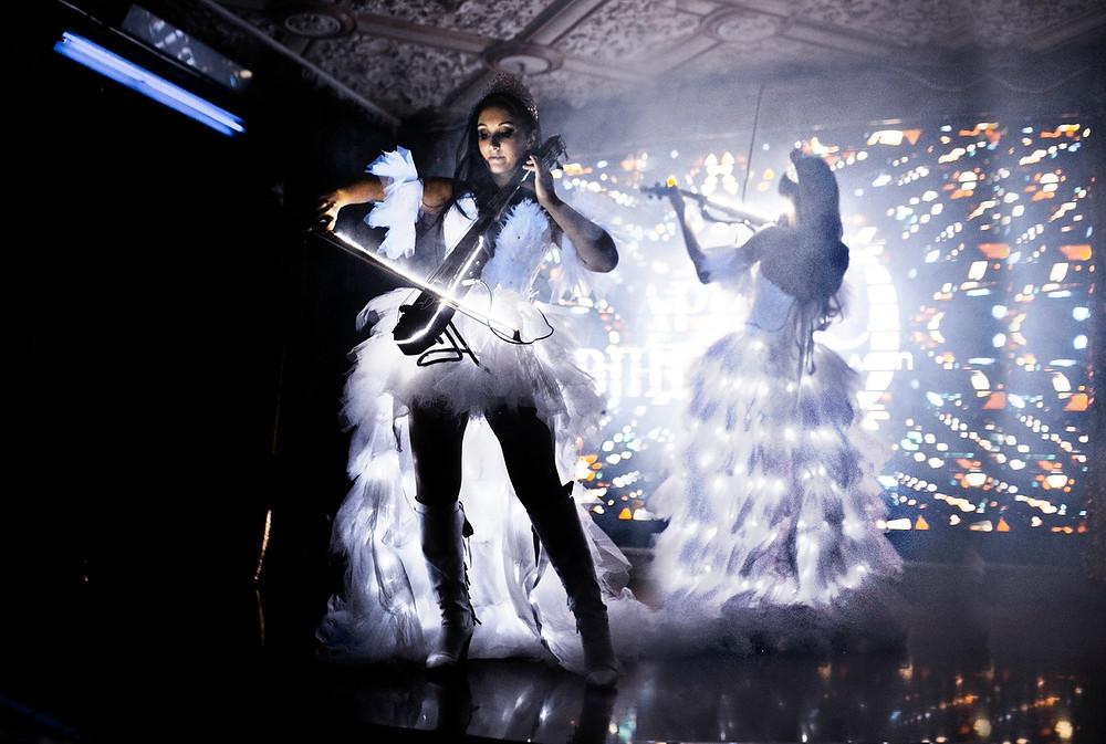 Свадебное световое шоу Violin Group DOLLS