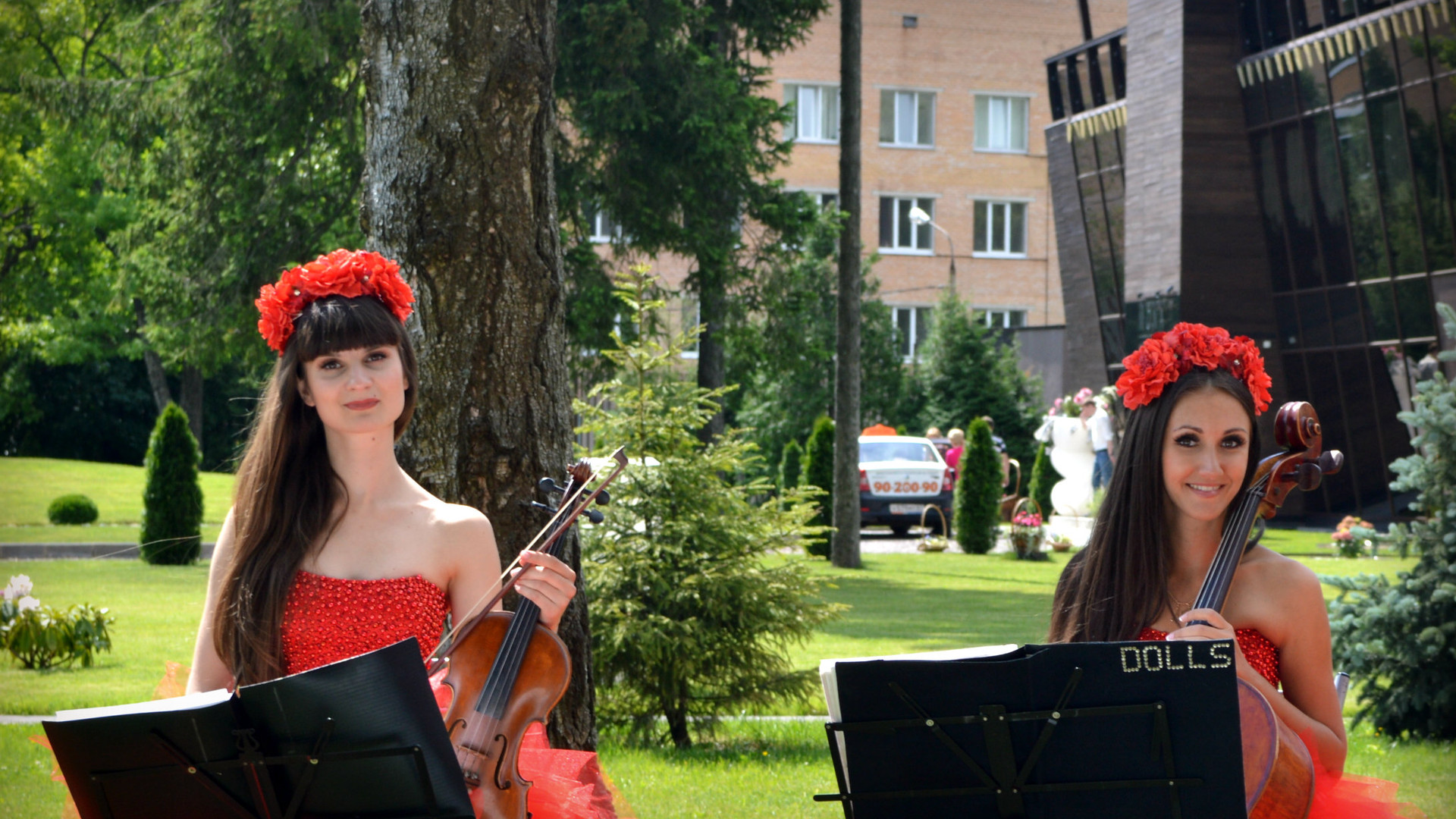 Струнный дуэт Violin Group DOLLS
