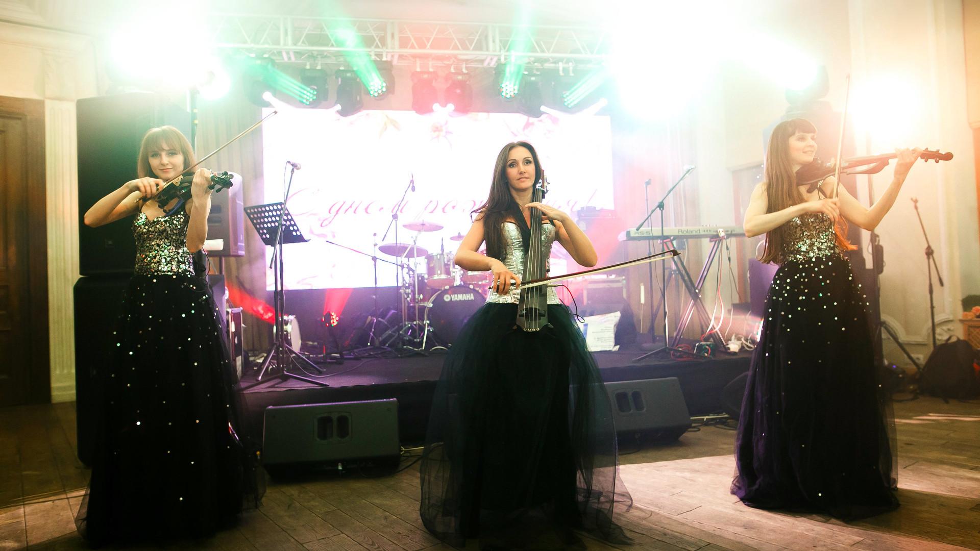 Струнное электро трио Violin Group DOLLS