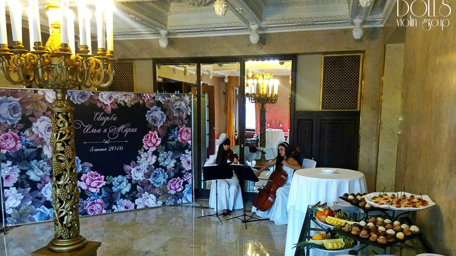 Дуэт Violin Group DOLLS