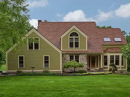 118 Kendall Hill Rd, Sterling, MA 01564