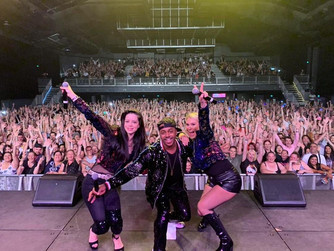 S Club 3's Second Australian Tour Ends Tonight