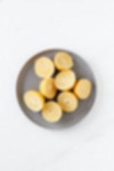 halved-citruses-on-grey-ceramic-plate-41