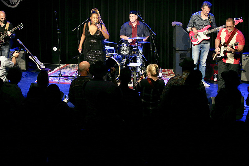 Blues Alive - Boxmeer enjoys Sugar Queen
