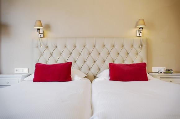 Lit de l'hôtel Les Jardins d'Hardelot d'Hardelot - Bed van het hotel Les Jardins