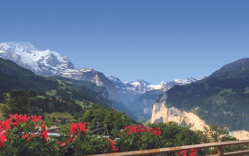 VIC_Panorama DZ Jungfraublick_Ausblick.j