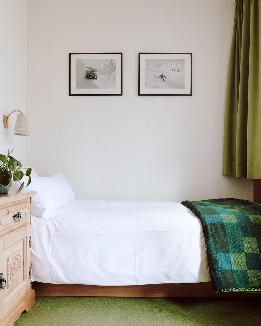 190727-The-Huldi-Waldhaus-Room-64-002-We