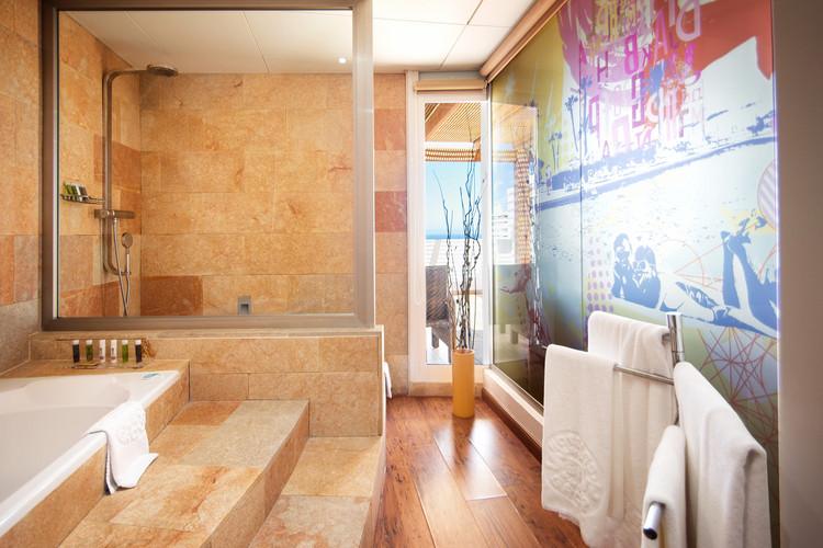 Salle de bain de l'hôtel Marina Playa - Badkamer van het Marina Playa Hotel