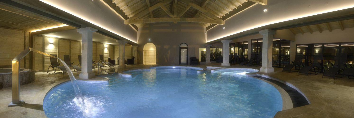 Piscine intérieure du Grand Hôtel & Spa - Binnenzwembad van Grand Hôtel & Spa