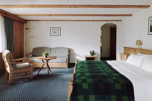 190727-The-Huldi-Waldhaus-Room-57-001-We