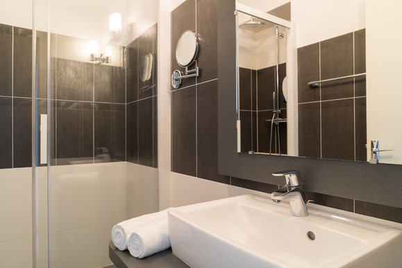 NewBrand-2915-salle-de-bain-grand-confor