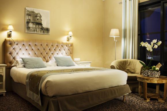 Tweepersoonskamer met balkon van het hotel Les Jardins d'Hardelot