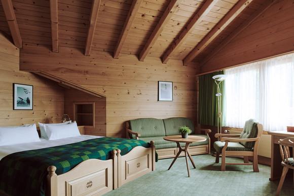 190727-The-Huldi-Waldhaus-Room-71-001-We