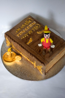 pinocchio1 cake.jpg